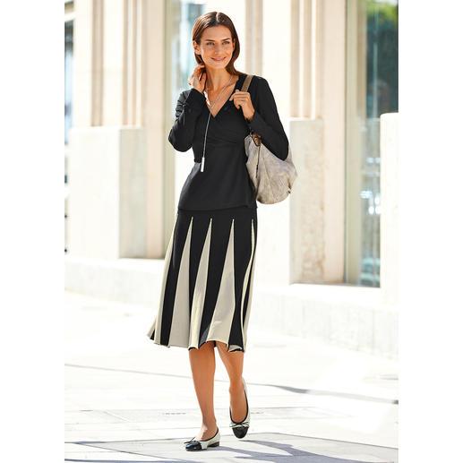 Jupe en maille à godets Twin-Set Un modèle doux qui flatte la silhouette : la jupe en maille à godets.