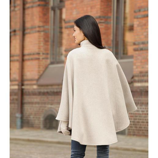 Cape double face Steinbock® Douce comme du duvet, agréablement chaude et parfaitement en place sur vos épaules.