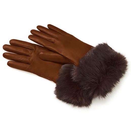 Gants en cuir et peau de lapin Du cuir d'agneau souple. De la véritable peau de lapin. Et une doublure duveteuse en pur cachemire.