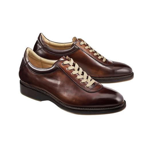 Sneaker Cordwainer La sneaker élégante, à couture trépointe soignée, façon chaussures habillées.