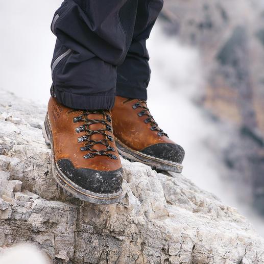 Chaussures de randonnée faites main Zamberlan® La chaussure de randonnée pour la vie : en cuir grainé façonné à la main. Imperméable et respirante.
