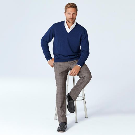 Pull-over col V ou col rond en laine mérinos Alan Paine Incroyablement doux et formant peu de peluches.