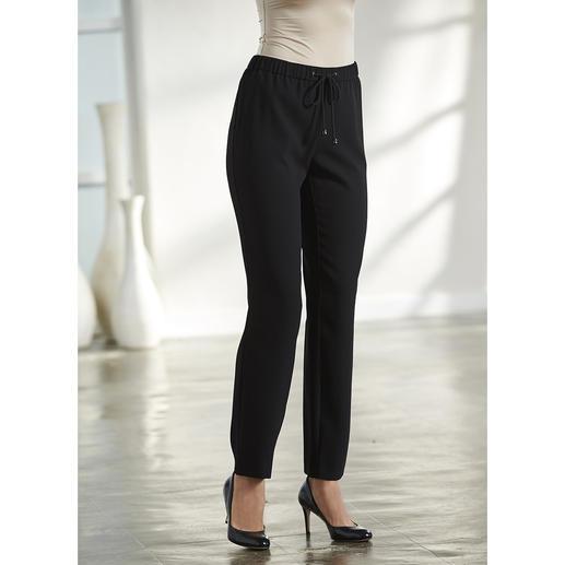 Blazer, Jupe ou Pantalon easywear Le modèle le plus simple parmi les tailleurs classiques. Facile à associer.