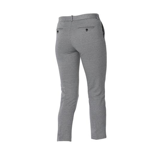 Blazer et Pantalon en jersey Circolo L'aspect noble d'un drap de laine associé au confort d'un vêtement d'intérieur.