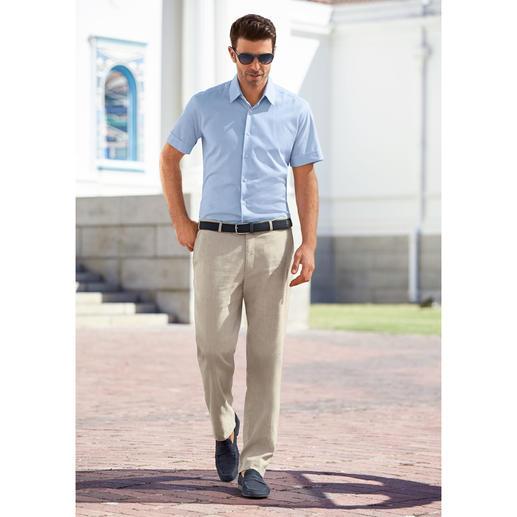 Chemise nid d'abeille à manches courtes Lagerfeld Une exception stylée : la chemise à manches courtes signée Lagerfeld.