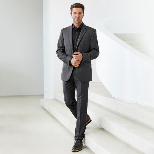 Chemise Dorani Coolmax® Votre chemise noire tendance pour l'été. Appréciez le confort climatique du Coolmax®.