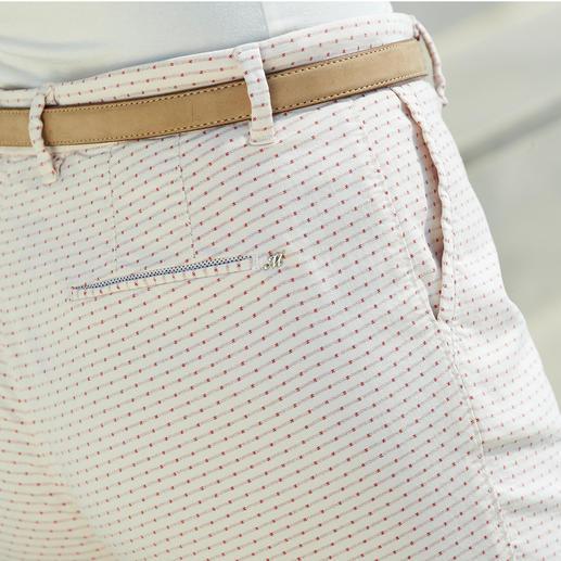 Chino jacquard estival de Mason's Une coupe parfaitement adaptée à la silhouette féminine : le pantalon chino avec motif jacquard estival.