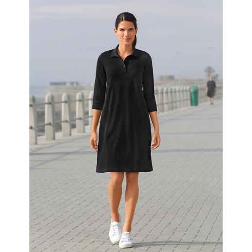 Robe en mesh Sunspel Du noir par 30 °C à l'ombre ? Bien sur ! La robe polo en mesh de coton aérien. Par Sunspel, Angleterre.