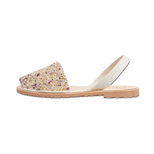 Sandales Avarcas «spécial anniversaire» pour femmes ou enfants, RIA L'authentique sandale Avarcas de RIA – désormais dans une version richement ornée « spécial anniversaire ».