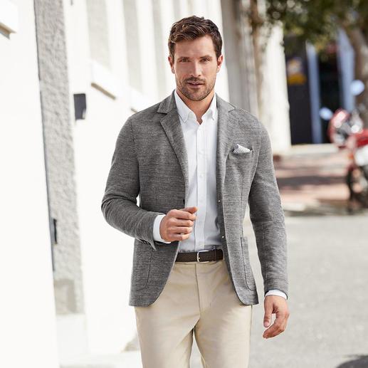 Veston en lin et jersey Circolo Respirez et bougez en toute liberté : votre veston d'été avec un maximum de confort. Par Circolo 1901, Italie.