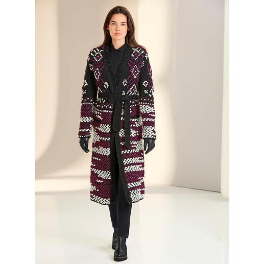 Manteau tricoté main Oneonone Maille « Heavy Knit » très appréciée, rare. Soigneusement tricotée à la main. Quantités limitées.
