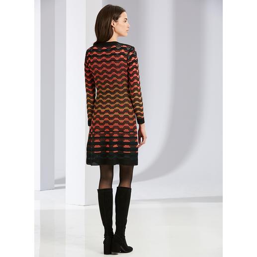 Robe en maille à vagues M Missoni noir/orange La fameuse maille à motif vagues de M Missoni, aux couleurs tendances.