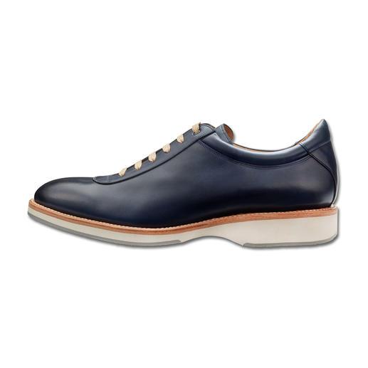 Sneaker Cordwainer Des sneakers élégants, à couture trépointe soignée, façon chaussures habillées.