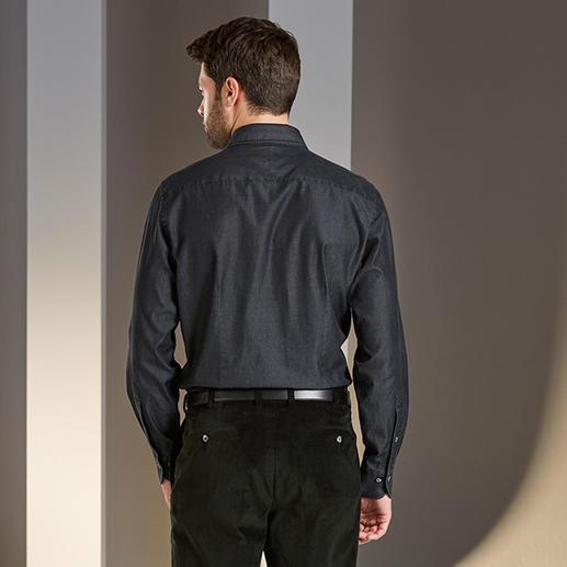Chemise en jean noble Dufour Toile denim double retors, 4,5 onces. Beaucoup plus fine, plus légère et plus noble que le jean classique.