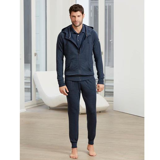 Veste à capuche, Polo ou Pantalon de jogging super.natural Vêtements de loisirs bénéficiant des dernières technologies en matière de textile. Swiss made by super.natural.