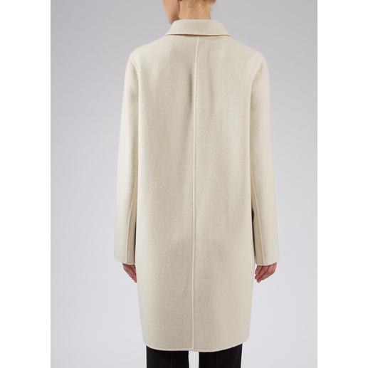 Manteau réversible double- face Strenesse Plus élégant, plus léger, plus polyvalent et plus simple que la plupart des manteaux. De Strenesse.