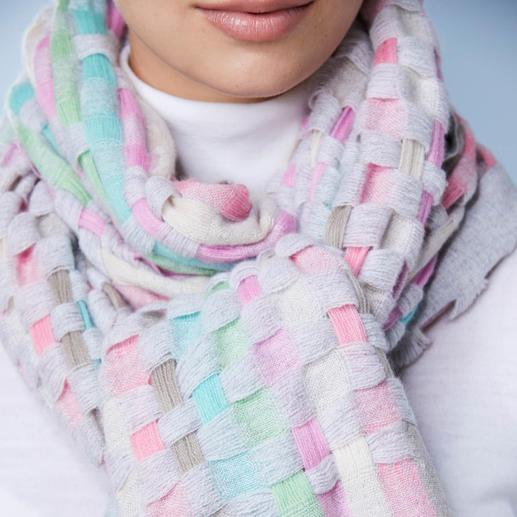 Écharpe en cachemire Heartbreaker à 7 couleurs Un accessoire exceptionnel : l'écharpe en cachemire à 7 couleurs. Tissée à la main au Népal. Par Heartbreaker.