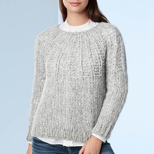 Pull-over en alpaga, tricoté à la main Une rareté en provenance des Andes : en alpaga précieux, tricoté main et non fabriqué en usine.