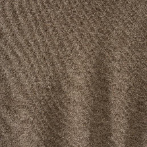 Pull en yack Laine de yack rare, plus légère que de la laine vierge, non traitée et dépourvue de produits chimiques.