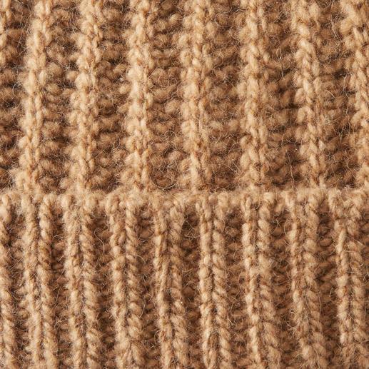 Bonnet en poil de chameau Fisherman Le rare luxe du poil de chameau pur. Très doux. Réchauffant. Teinte naturelle. Pour homme et femme.