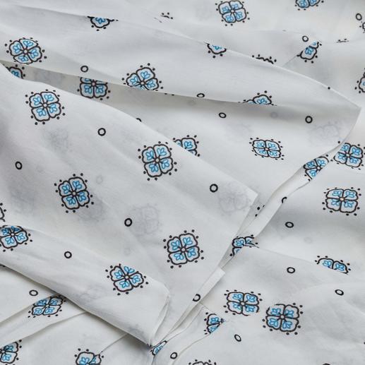 Blouse à motifs Sly 010 Design tendance. Tissu moderne. Et la coupe basique éprouvée de Sly 010.