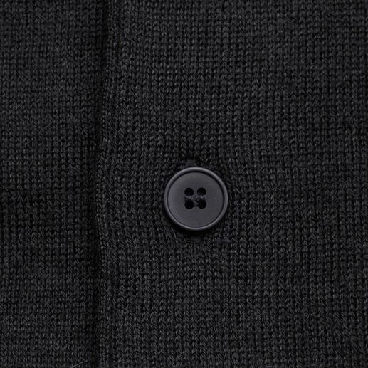 Cardigan en bébé alpaga Carbery Léger, doux, réchauffant : votre cardigan le plus polyvalent en précieux bébé alpaga. Fabriqué en Irlande.
