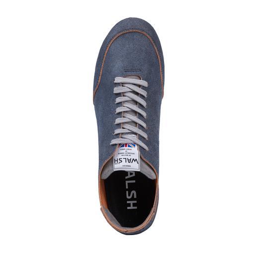 Sneaker en cuir Norman Walsh La sneaker idéale pour les pieds-nus. Cuir de veau non doublé, tannage végétal et fait main en Angleterre.