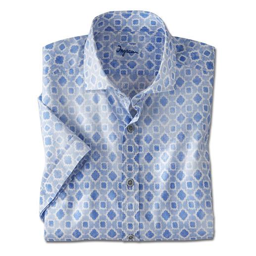 Votre chemise à manches courtes la plus rafraîchissante est faite de tissu de mousseline rare. Votre chemise à manches courtes la plus rafraîchissante est faite de tissu de mousseline rare. Par Ingram.