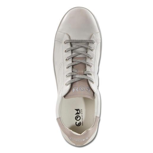 Sneaker en cuir California COM La sneaker en cuir au style California devenu rare. Fabriqué au Portugal. De COM.