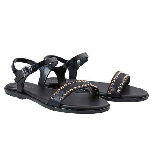 Sandales à rivets holster De la plage au bar : la sandale de plage glamour du label tendance holster, Australie.