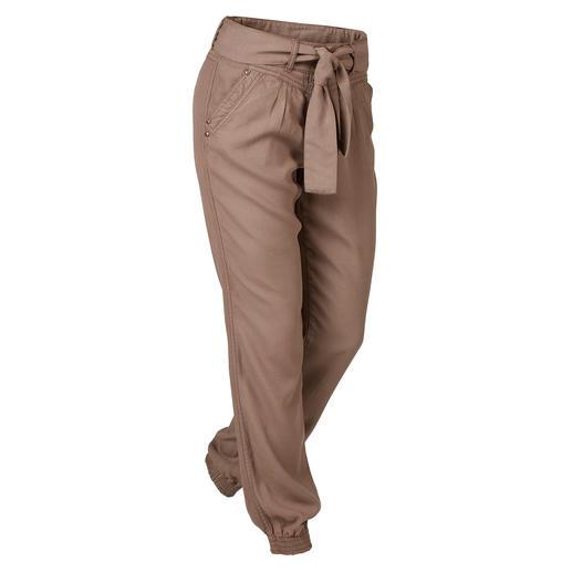 Pantalon jogging Tencel® Le parfait pantalon pour les loisirs et les vacances. Style pantalon jogging tendance. Tissu estival Tencel®.
