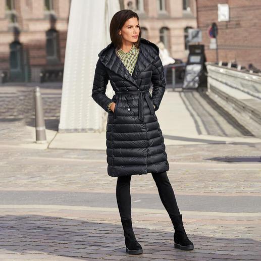Manteau en duvet Pajar® Duvet tendance à l'aspect slim : le manteau féminin en léger duvet de la marque premium canadienne Pajar®.