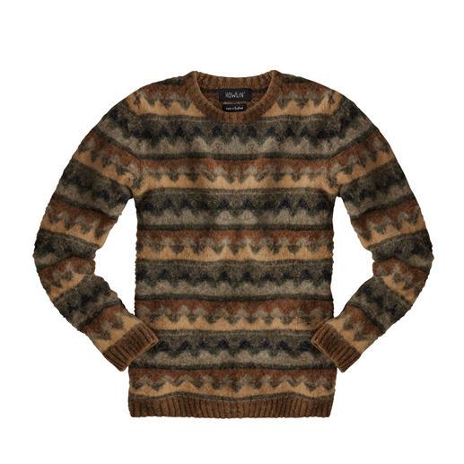 Pull-over aux couleurs d'automne Howlin Style moderne, en direct de la métropole de la mode Anvers, pour ce tricot traditionnel produit en Écosse.