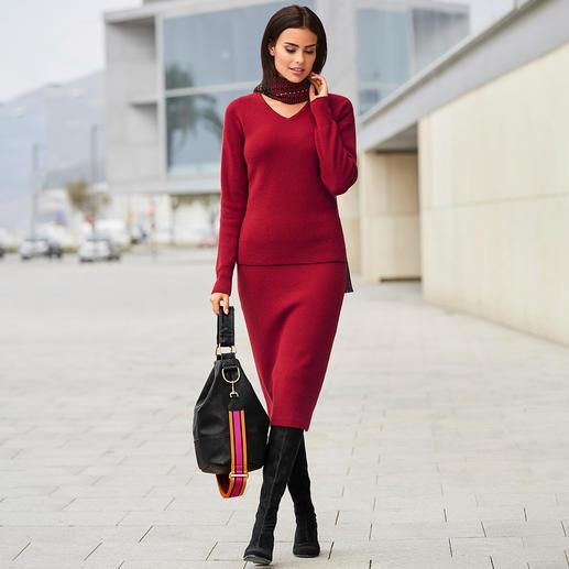 Pull nervuré avec col en V ou Jupe à tricot nervuré Carbery Tricot complet tendance, fabrication irlandaise traditionnelle. De Carbery à Clonakilty.