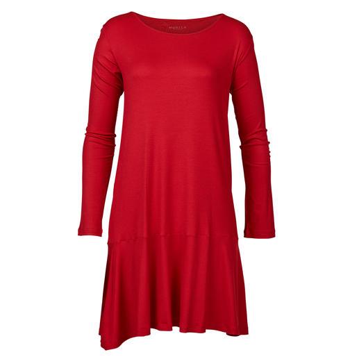 Robe Night & Day Novila Assez chic pour le petit-déjeuner : la chemise de nuit au style épuré féminin. Brillance soyeuse. De Novila.