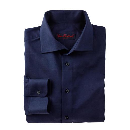 Chemise d'affaires en laine Chaud pour l'hiver, élégant pour le bureau. Tissu fin, d'un beau bleu atténué et discret motif à carreaux.