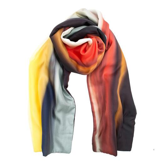 Écharpe en soie pour l'hiver L'écharpe en soie élégante pour la saison froide. Avec doublure en polaire réchauffante. De Abstract, Italie.