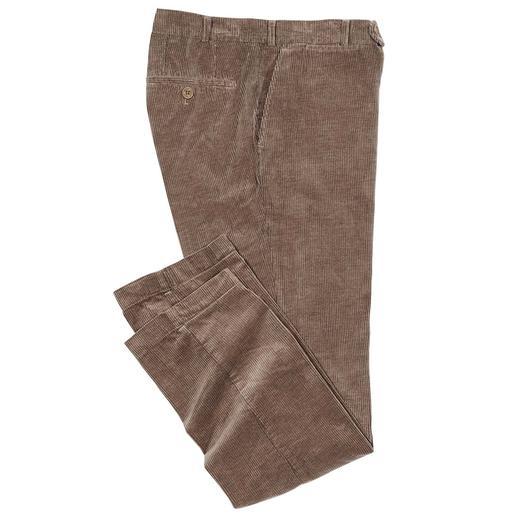 Pantalon côtelé en poil de chameau Ennobli de véritables poils de chameau : du velours côtelé de luxe par Duca Visconti di Modrone, Italie.