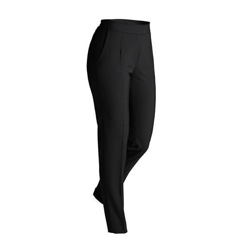 Pantalon 24 heures RAPHAELA-BY-BRAX Infroissable, peu sensible aux séjours en valise et facile d'entretien mais aussi incroyablement confortable.