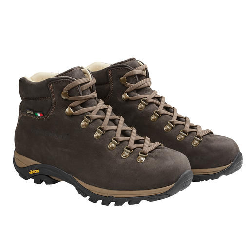 Chaussures de randonnée hommes Zamberlan® Près de 300 grammes de moins que des chaussures de randonnée standards. Imperméabilité grâce au Gore-Tex®.