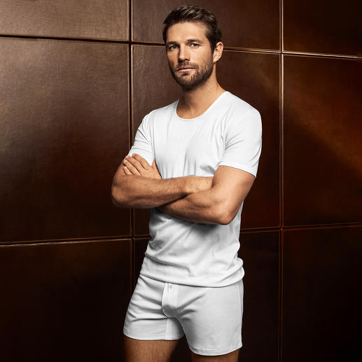 Shirt, Boxer ou Slip homme Sea Island Zimmerli Sous-vêtement Sea Island de Zimmerli. Offrez à votre peau l'une des meilleures variétés de coton au monde.