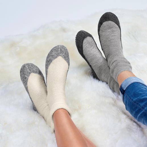 Charentaises Falke pour femme ou homme Tricot thermique en laine mérinos douce. Semelle antidérapante. De Falke.