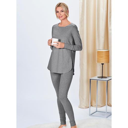 Shirt ou Jogging Cornelie Weiss Longue chemise et pantalon de survêtement dans un style chic décontracté. Par Cornelie Weiss.