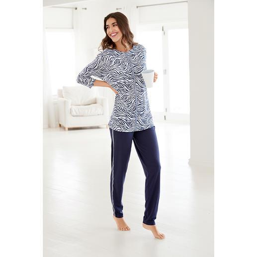 Pyjama « Blue Zebra » Hutschreuther Plus tendance que la plupart des pyjamas. Coupe surdimensionnée. Imprimé animal. Rayures galon.