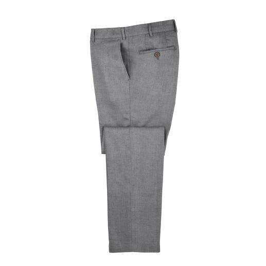 Pantalon en lin Seidra En Autriche, la marque Seidra fabrique un lin aéré, adapté aux pantalons d'affaires.