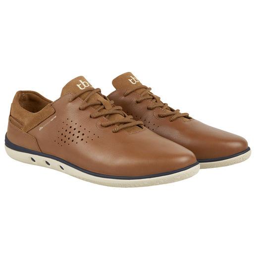 Sneaker en cuir lavable TBS Fini le nettoyage de chaussure. Cette sneaker en cuir estivale se lave simplement en machine. De TBS.