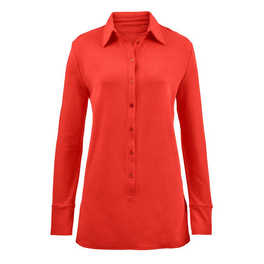 Chemisier long Tencel® Le chemisier long en précieux jersey Tencel®. Aussi confortable qu'un pull. Aussi élégant qu'une blouse.