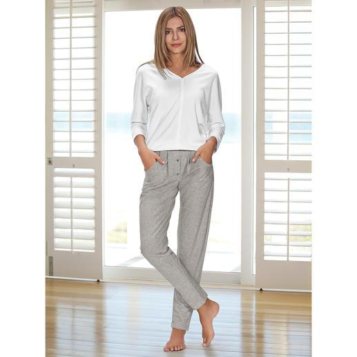 Sweatshirt ou Pantalon sweat HFor Agréablement confortable. Tendance porté en extérieur. Et abordable. L'ensemble détente du label belge HFor.