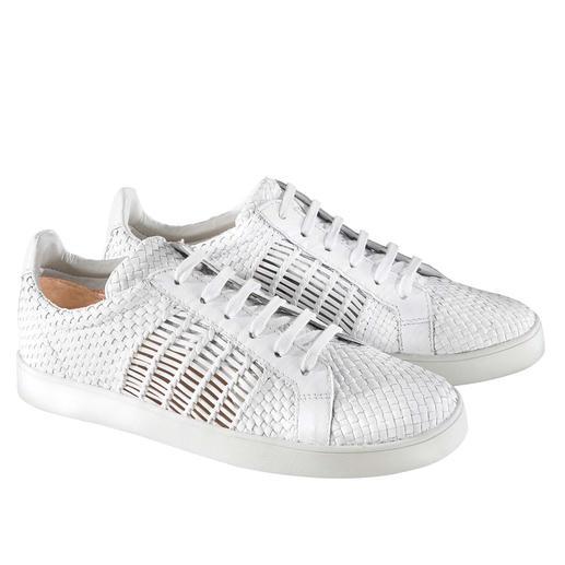 Sneaker en cuir tressé Allan K Baskets blanches intemporelles : plus intéressantes et plus aérées que la plupart grâce au cuir tressé.