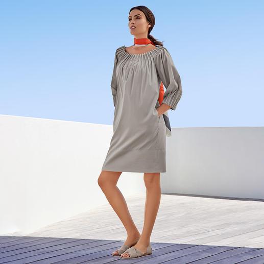 Robe en popeline The Pure Barbara Schwarzer Ni ennuyeuse, ni surchargée : la robe en popeline de coton de The Pure Barbara Schwarzer.